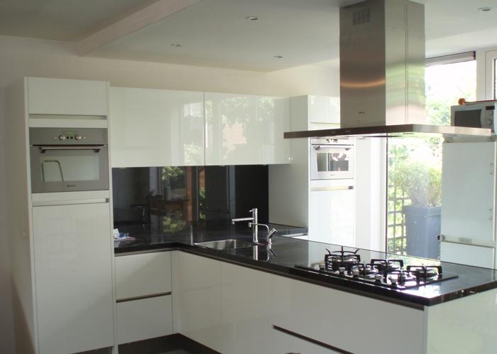 Van leeuwen nootdorp bv keukens badkamers plafonds elektra werk loodgieters werk - Keuken ilots centrale ...